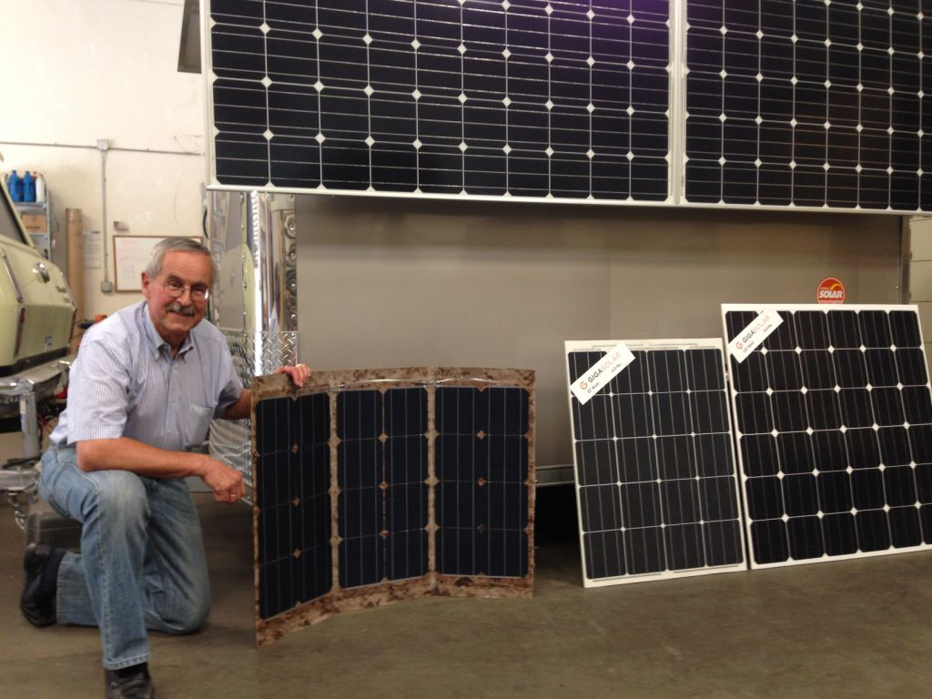 Sicco Westra of Giga Solar with their new ultra-light weight solar modules